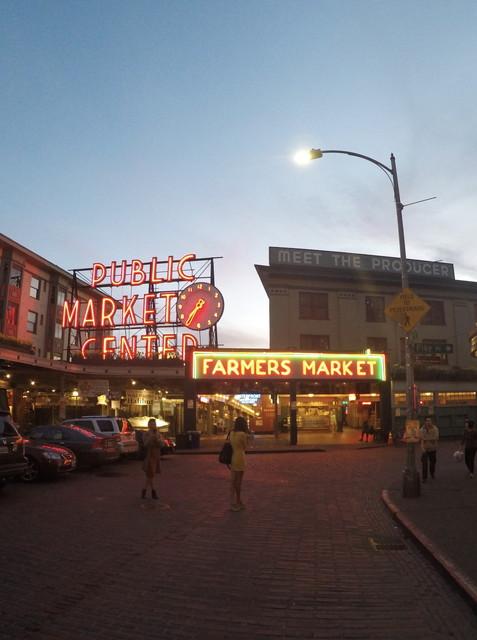 パイク・プレイス・マーケット(Pike Place Market)