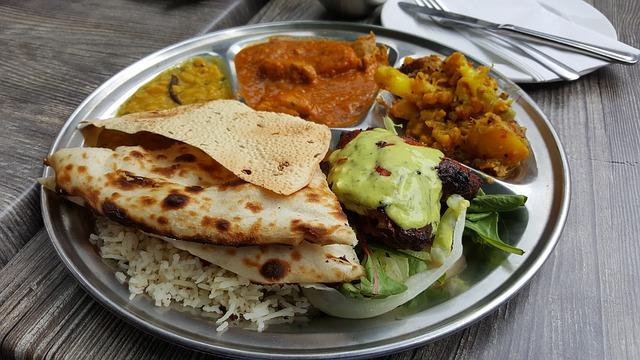 インディアンスタイルの料理